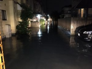 操南団地町内の冠水被害状況=2,017年の台風時