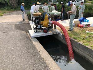 用水に設置されたポンプ