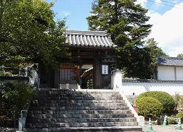 顕本寺山門