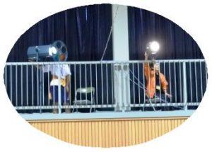 ボランティア中学生の舞台照明係