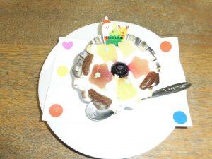 クリスマス仕様の手作りショートケーキ
