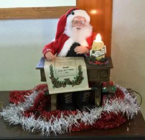 サンタさんがお出迎え