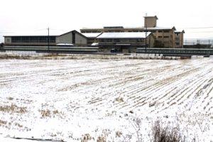 雪中の富山中学校