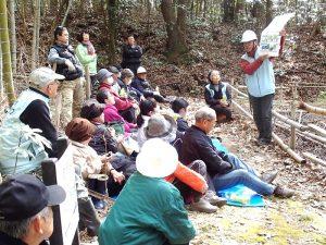 平島氏による紙芝居風「森の役割のお話」